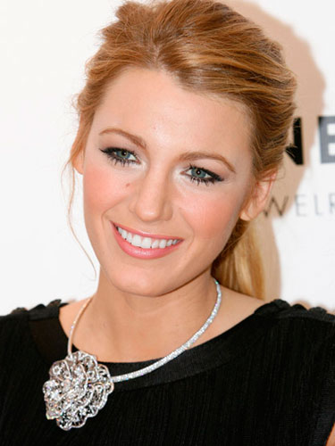 Get Blake Lively's Smoky Eye Look