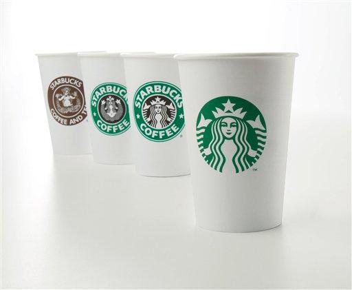 Los cambios en los logos de Starbucks a través de los años. (Foto: Reuters)