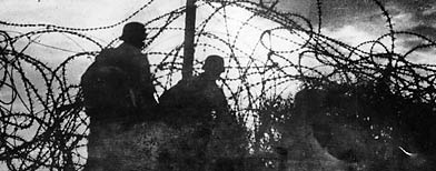 Soldados alemanes en un frente de batalla desconocido, durante la II Guerra Mundial / Foto: AP