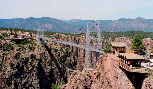Royal Gorge Bridge (Colorado, EE.UU). Foto Hustvedt, Wikimedia Commons