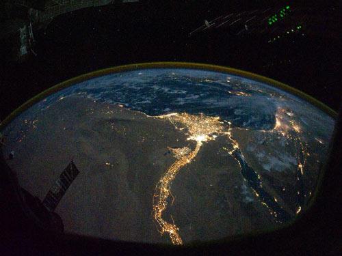 <br>Vista de la rivera del Nilo tomada desde la ISS