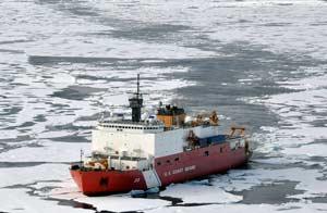 Barco guardacostas de EEUU explora el Ártico en agosto/AP
