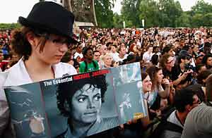 Fans de Michael  Jackson en París,  Wireimage 2009