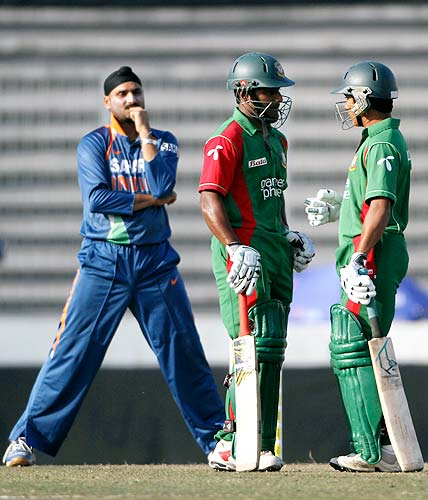 tap10010716636 Watch Bangladesh Vs India 3rd ODI Result,Photo & Video Highlights