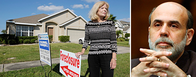 Composición Mujer frente a casa hipotecada - Ben Bernanke / AP