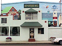Carlsbad Village Art & Antique Mall, Carlsbad