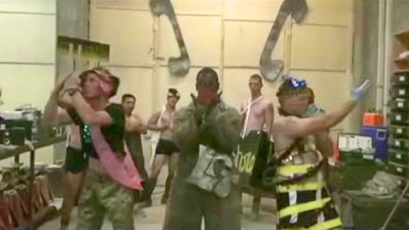 "Going Gaga: US Troops Do Their Version of ""Telephone"" .. the Manly Man Version!!"