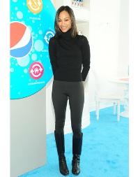 Zoe Saldana - Sportswear