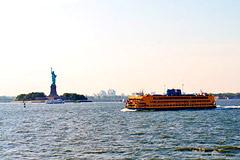 New York: Between Manhattan and Staten Island