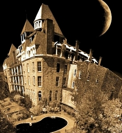 AMERICA'S FIVE MOST HAUNTED HOTELS