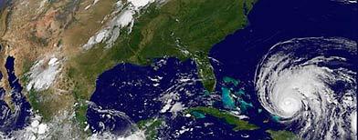 http://l.yimg.com/a/i/ww/news/2010/09/01/hurricane_earl_sep1.jpg