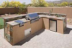 250outdoorKitchen2.jpg