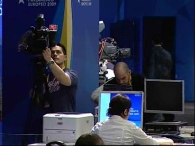 Rubalcaba comprueba que todo este listo para ... @ Yahoo! Video