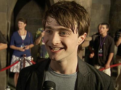 Stars Celebrate The Wizarding World Of Harry Potter Opening @ Yahoo! Video