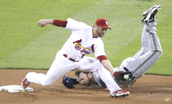 NLCS Game 3: Cards gain control after measured 4-3 win