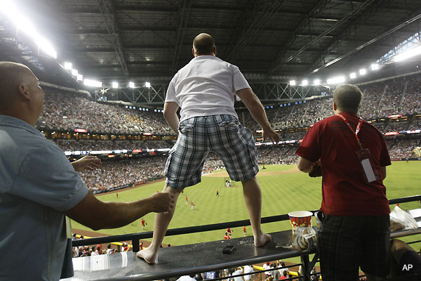 Fan almost falls from Chase Field stands at Home Run Derby