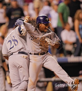The Juice: Weeks whacks two-run shot for Brewers? 8-7 win