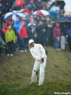 Rickie Fowler grits himself into contention at British Open