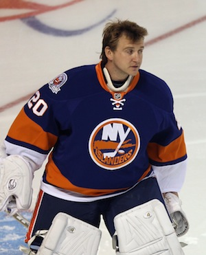 Evgeni Nabokov makes long-awaited Islanders debut tonight