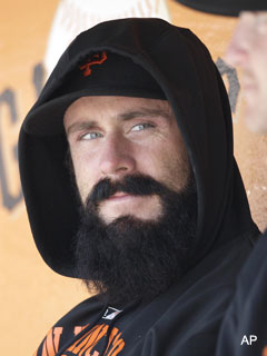 Brian Wilson honors father with record donation to Air Force