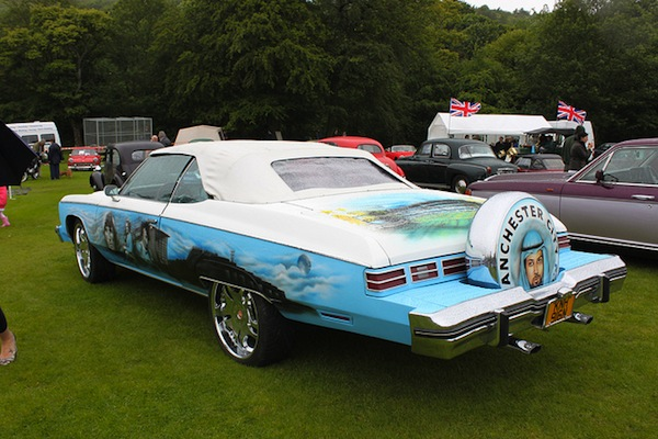 These guys spent £50,000 to create 'brash' Man City car