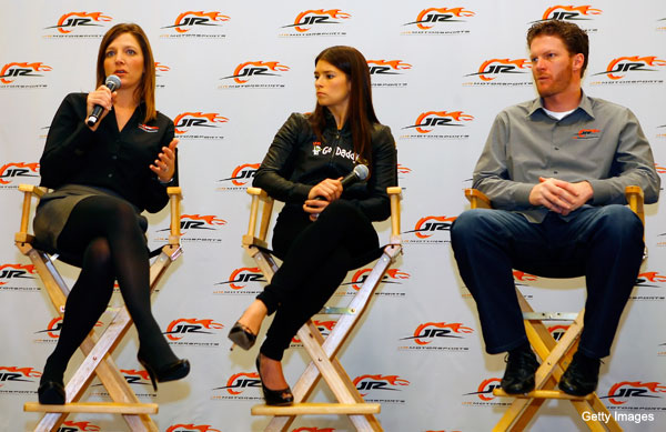 Kelly Earnhardt talks of Danica, Dale and sponsorship