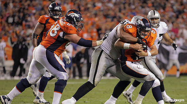 Broncos fans chant loud and long for Tebow in close loss to Raiders