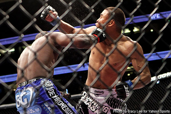 UFC ON FOX controversy: Peralta and Semerzier clash heads, TKO win ...