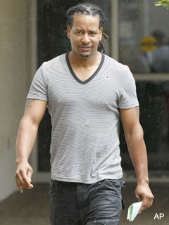 He's back? Manny Ramirez eyes return to baseball in 2012