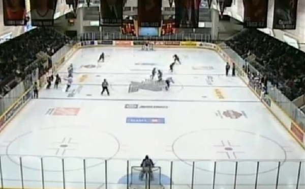 OHL: Attack coach suspended over fight 8 seconds into game