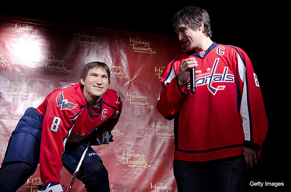 Video: Alex Ovechkin meets Al-wax Ovechkin at Madame Tussauds