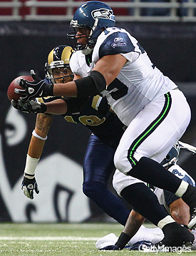 Seahawks' Red Bryant surprises with his first NFL interception