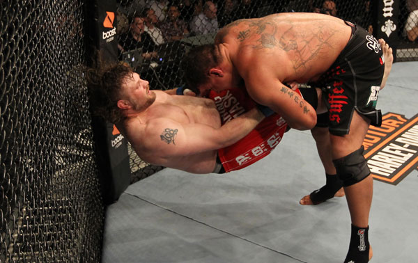 UFC 130 battle of the beef: Mir carves up Nelson