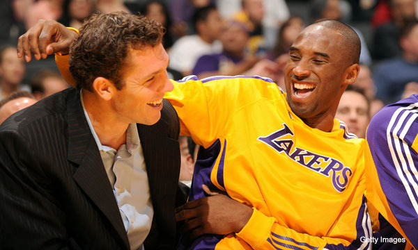 Kobe Bryant and Luke Walton sent thousands of bucks to laid-off Laker employees