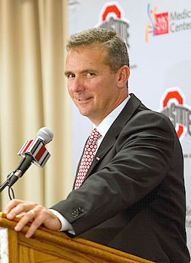 NCAA gives its blessing to Urban Meyer's shadow recruiting staff