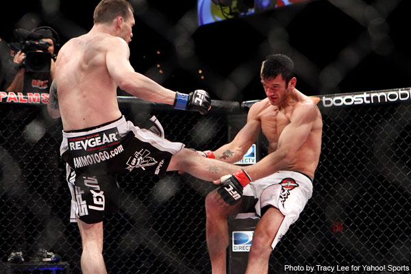 Roop breaks Grispi early and finishes with a body punch at TUF 13 Finale