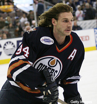 Kings send Ryan Smyth back to Oilers; mullet-watch begins