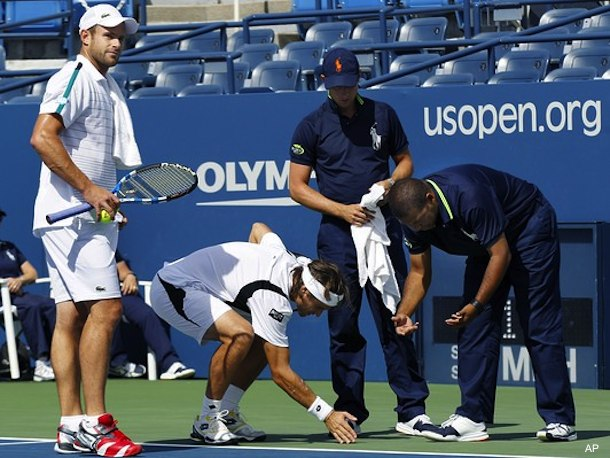 Video: Roddick's U.S. Open outburst forces match to move courts