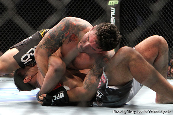 Frank Mir breaks Antonio Rodrigo Nogueira&#8217;s arm to win at UFC 140