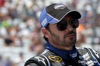 Johnson tees off ? for him ? on pit crew, Montoya