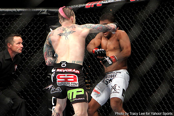Palaszewski pulls big upset on Griffin with nasty KO at UFC 137