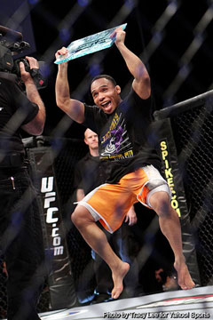 John Dodson runs circles around TJ Dillashaw, takes 'The Ultimate Fighter' bantamweight crown