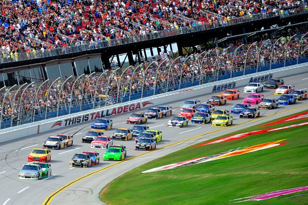 Hot/Not: Race hard or race safe? Neither worked consistently at Talladega