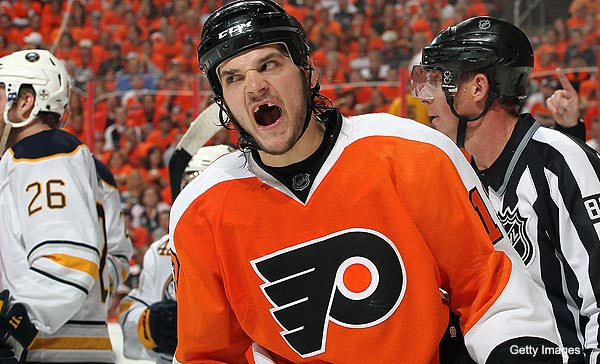 Dan Carcillo calls out Canucks, solves 'Entourage' mystery