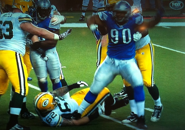 detroit_bad_boys_ndamukong_suh_ejected_a
