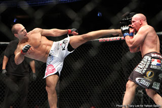 Carwin took a beating, doesn't remember much of UFC 131