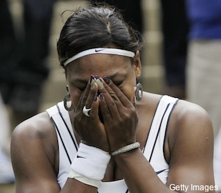 Serena breaks down in tears after three-set Wimbledon win