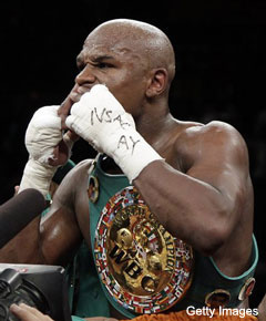 Mayweather KO's Ortiz in the fourth, but finish labeled dirty by many in attendance