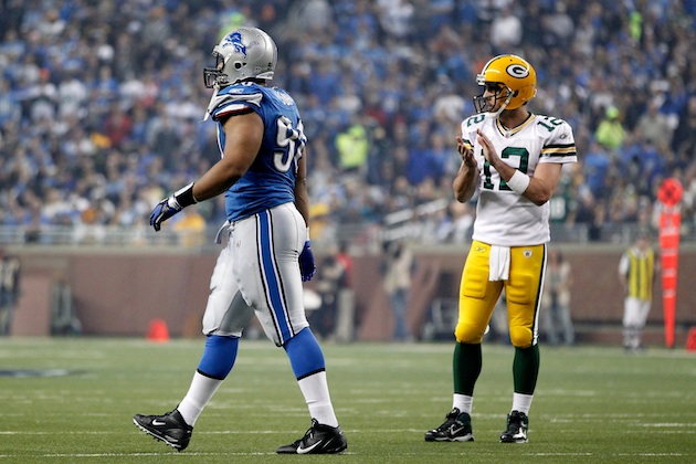 Did the Packers untying Ndamukong Suh's shoes set him off?
