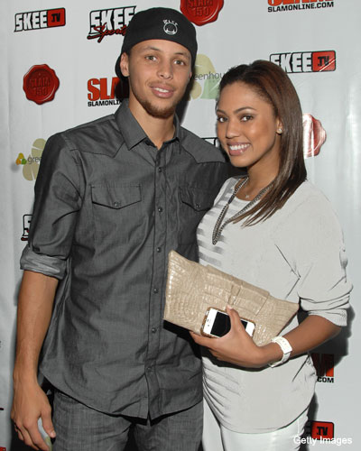 Stephen Curry makes the most of the lockout, heads back to school